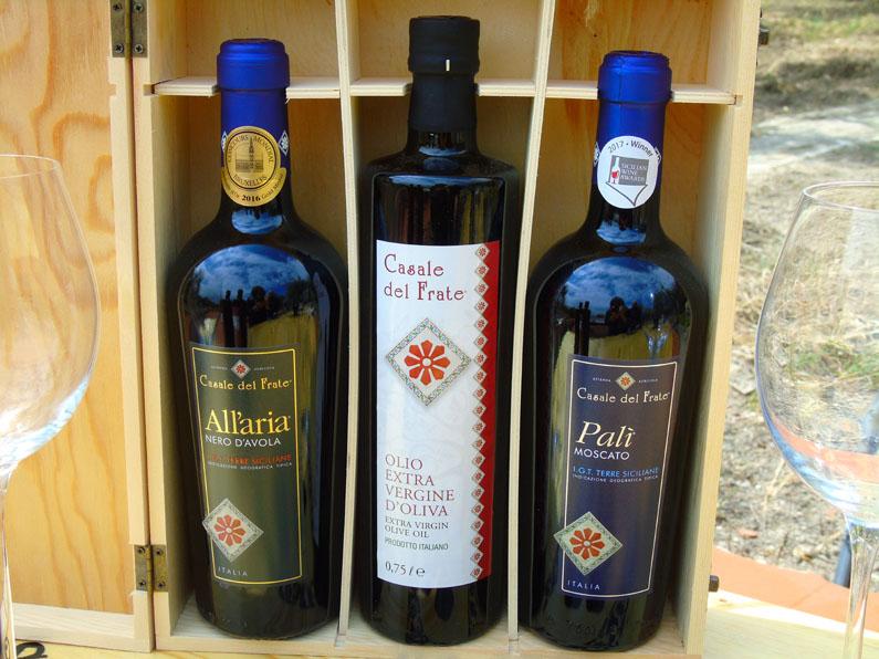 """I Vini e l'Olio extra vergine di Oliva dell'Azienda Agricola """"Casale del Frate"""""""